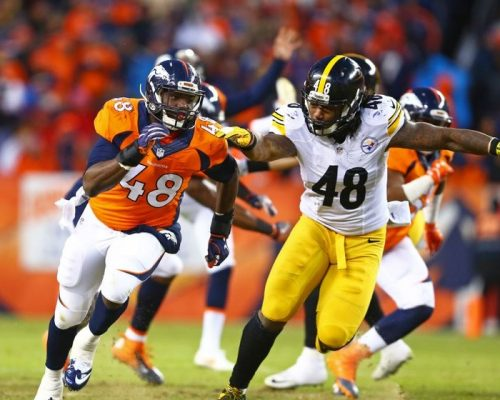 Jan 17, 2016; Denver, CO, USA; Denver Broncos linebacker Shaquil Barrett (left) against Pittsburgh Steelers linebacker Bud Dupree during the AFC Divisional round playoff game at Sports Authority Field at Mile High. Mandatory Credit: Mark J. Rebilas-USA TODAY Sports